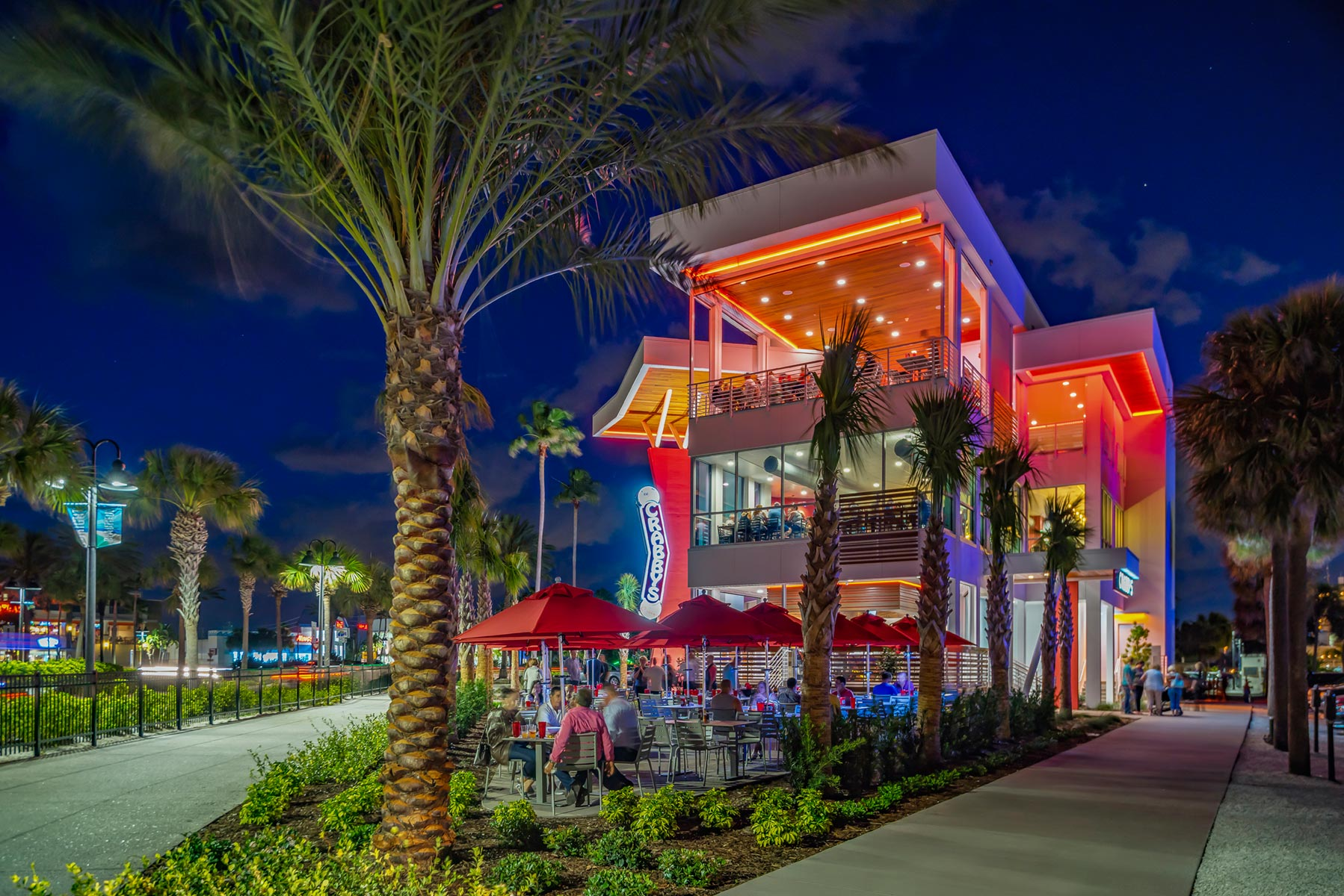 Crabby's Wins 2017 Clearwater Beach Beautification Award
